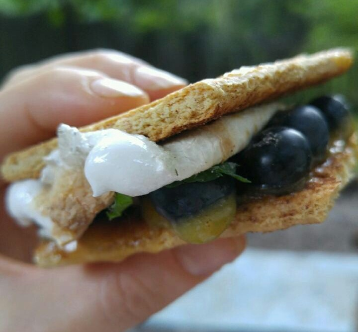 S'More Please! Healthier Twists on this Classic Summer Treat