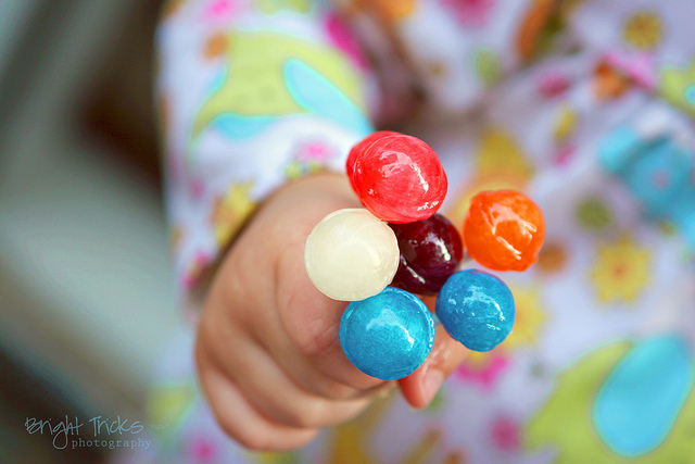 Yes, You Can Say No When Someone Tries to Give Your Kid Candy