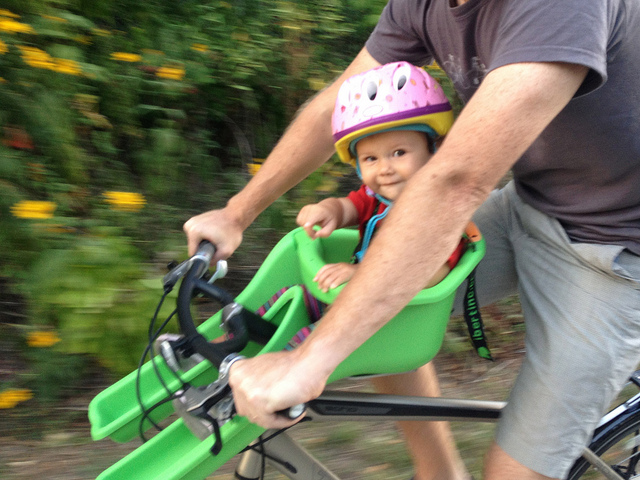 For Beginner Cyclists: How to Make Family Cycling a Part of Your Routine