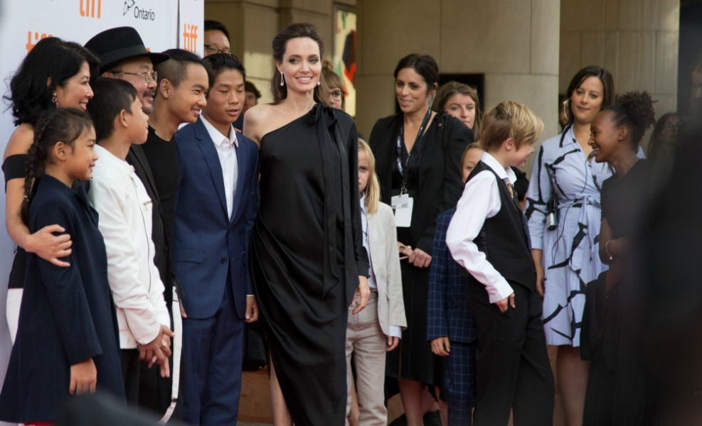 Angelina Jolie will be producing a children's television show about current affairs