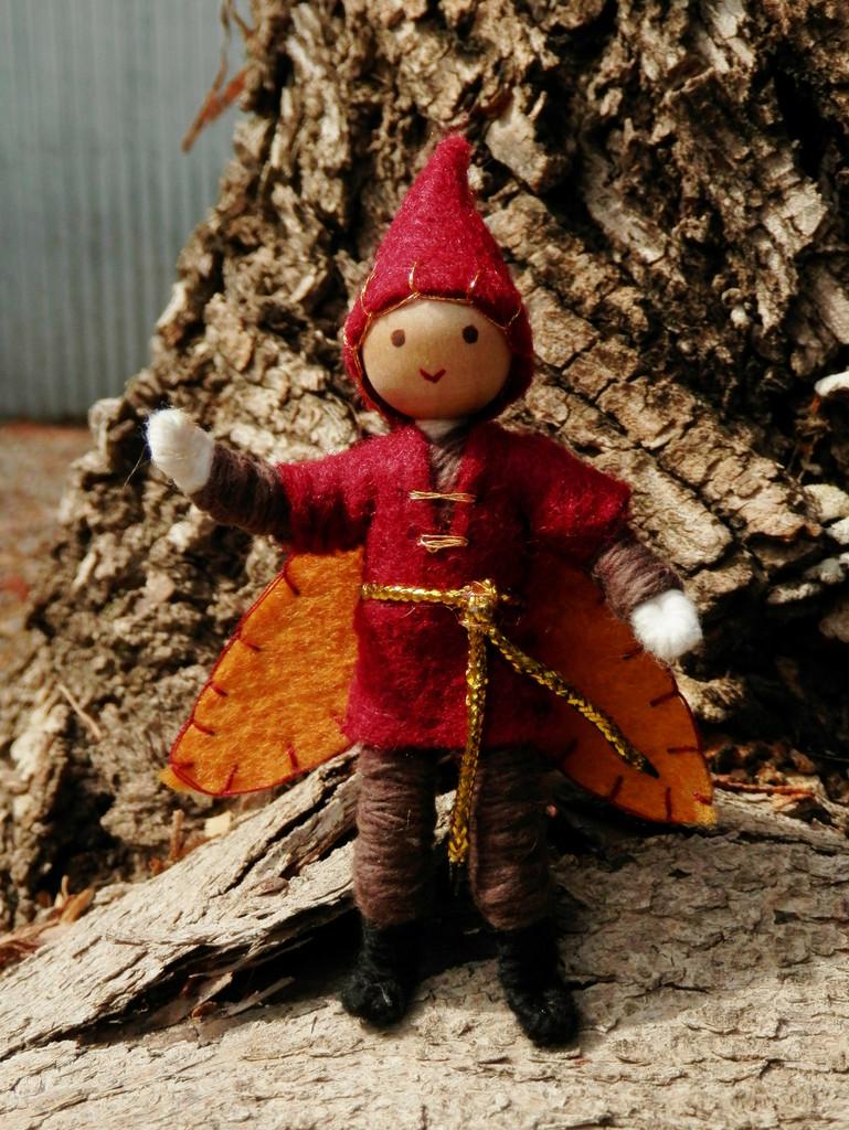 Image of: Autumn Elf Doll