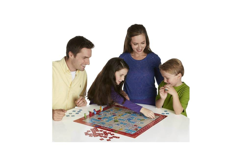 Scrabble Jr. lets little family members play the best board games on game night