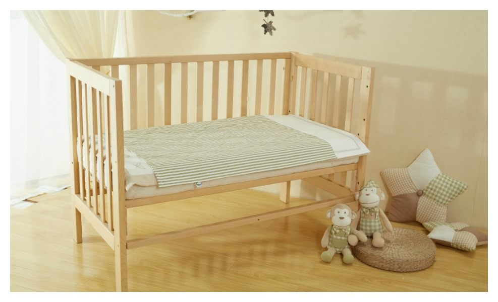 The best crib mattress keeps your baby safe