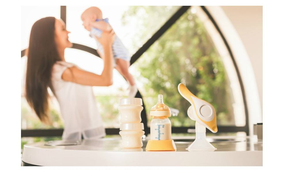We have the best manual breast pumps for all mamas