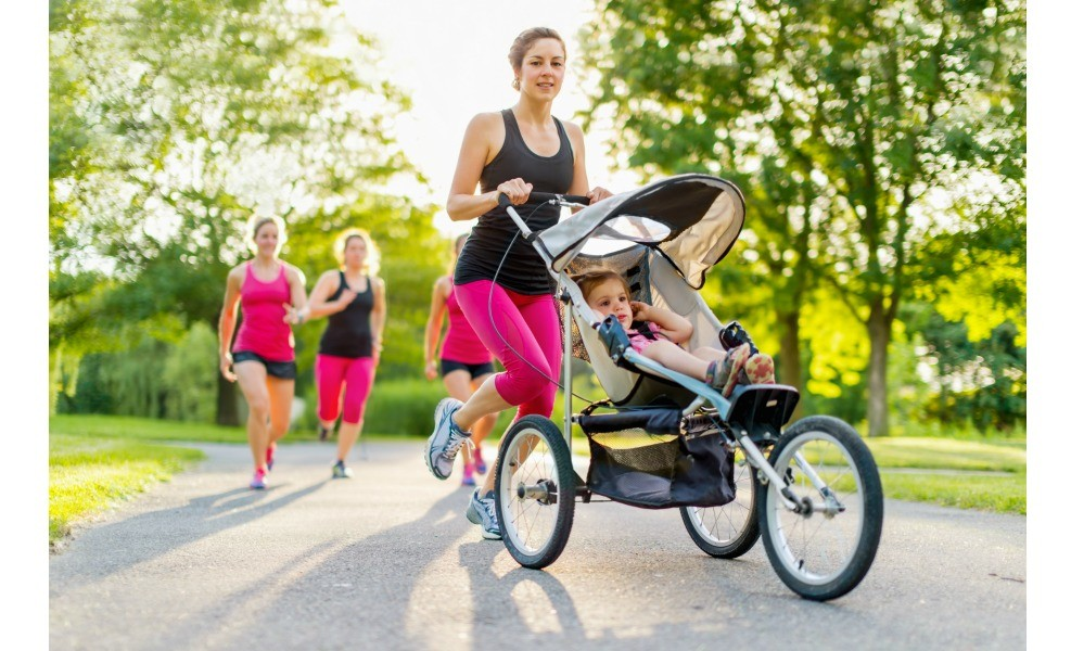 We've found the best strollers for mothers looking for non-toxic options