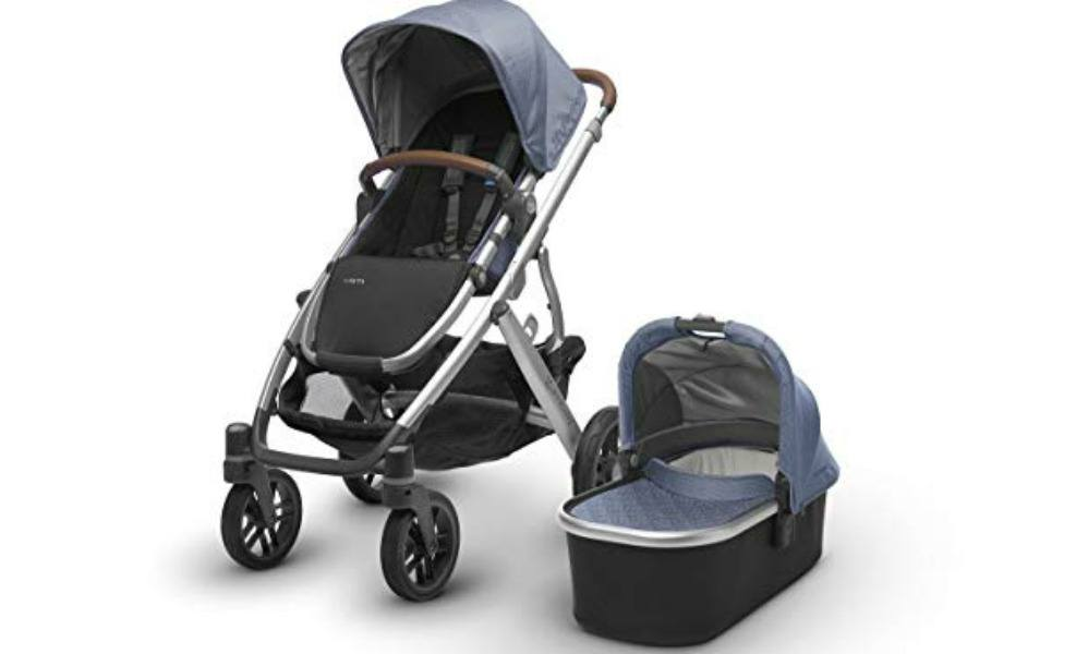 The UppaBaby Vista bundle is popular as one of the best strollers for moms