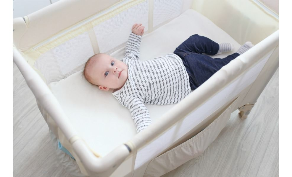 Best Travel Cribs For Babies' And Toddlers' Sweet Dreams