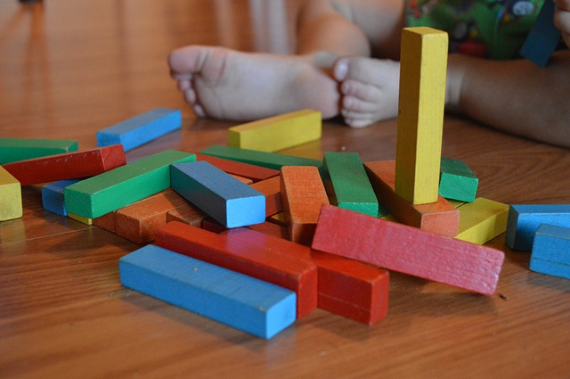 5 Simple Toys for Toddlers That Will Hold Their Interest for Years