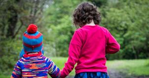 Children_walking_small