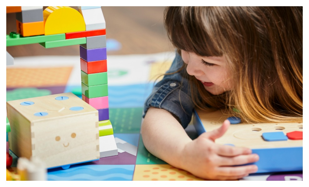 We're giving away our favourite STEM toy on the market — the Cubetto Adventure Pack (worth $399).