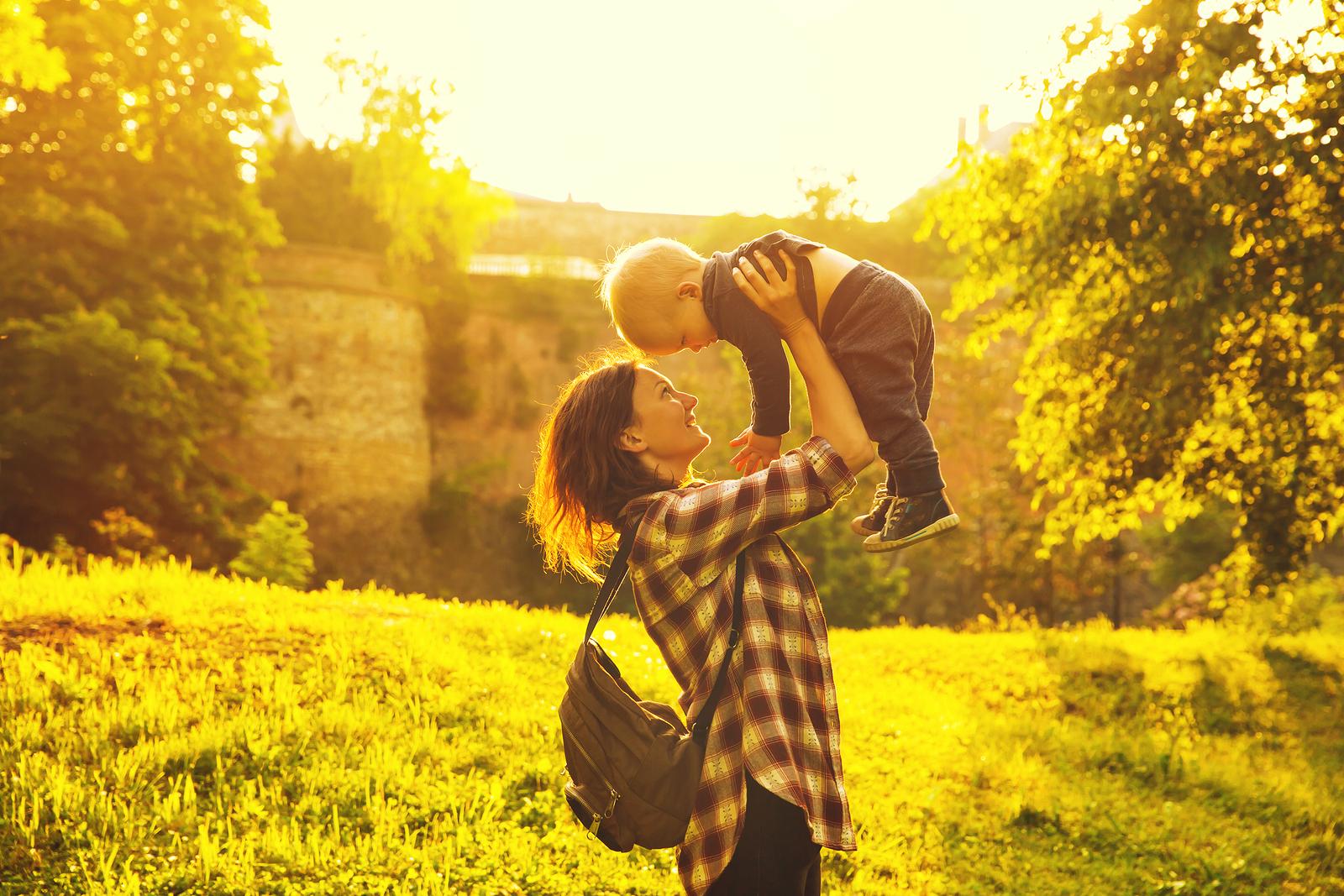 How 'Earthskills Gatherings' Help my Mothering Skills Too