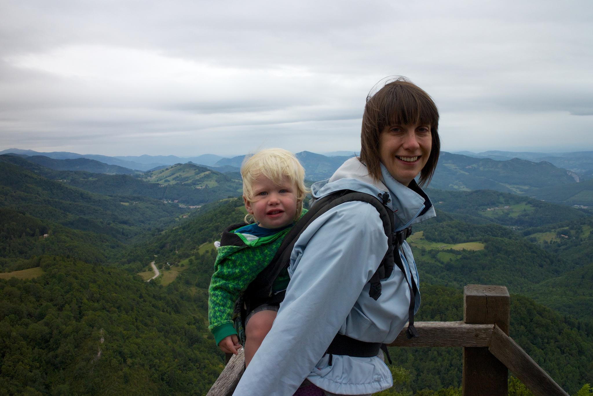 Minimalist Mama: 5 Things I Won't Parent Without