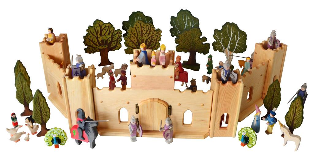 Fairytale-castle-deluxe-9_c14ad354-0c53-42de-a6ec-7183e4871fdb_1024x1024