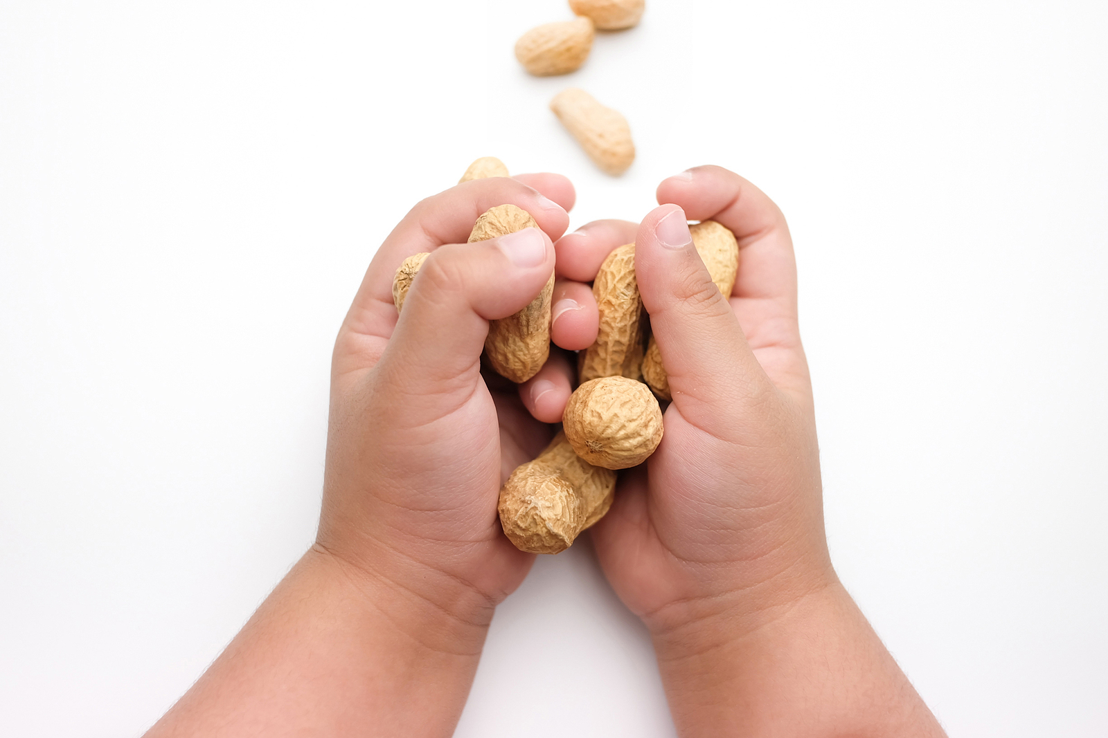 Researchers suggest there is a link between food allergies and childhood anxiety and depression.