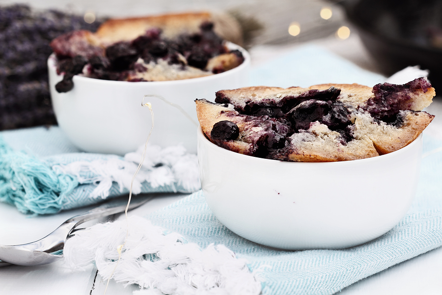 Quick and easy, this is a great dish for summer barbeques and picnic desserts.