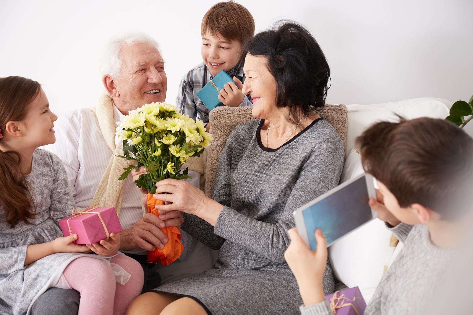 5 Easy Crafts Grandparents Always Love