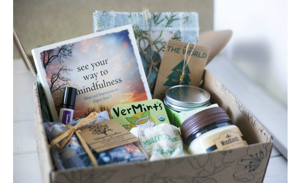 This EarthLove Subscription box is full of goodies for mom