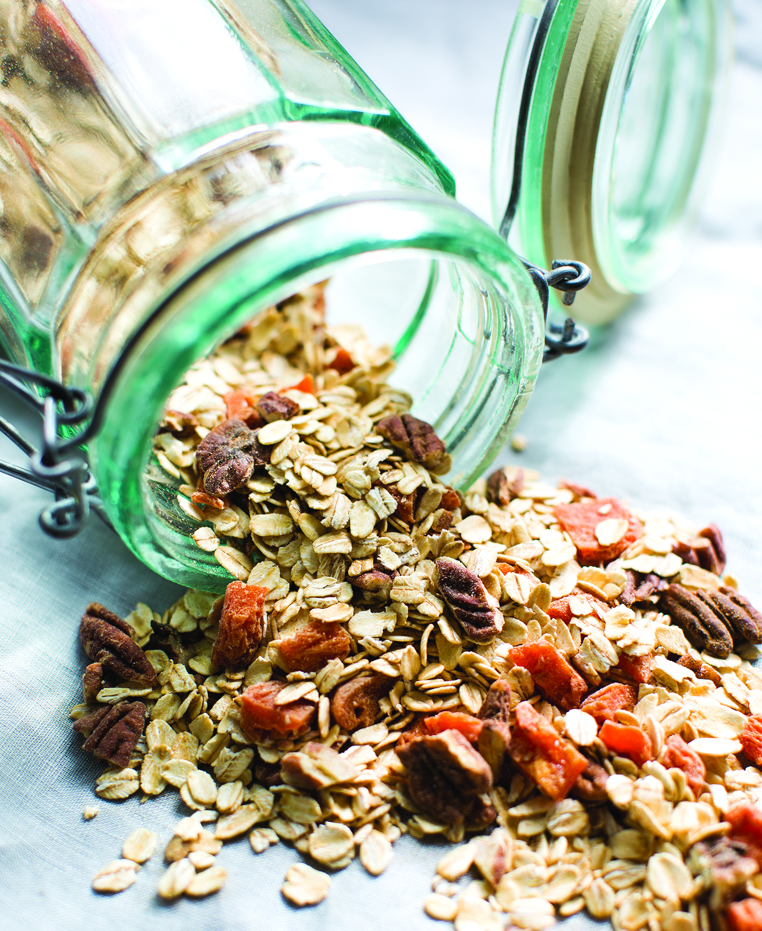 This homemade instant oatmeal is quick, easy and delicious.