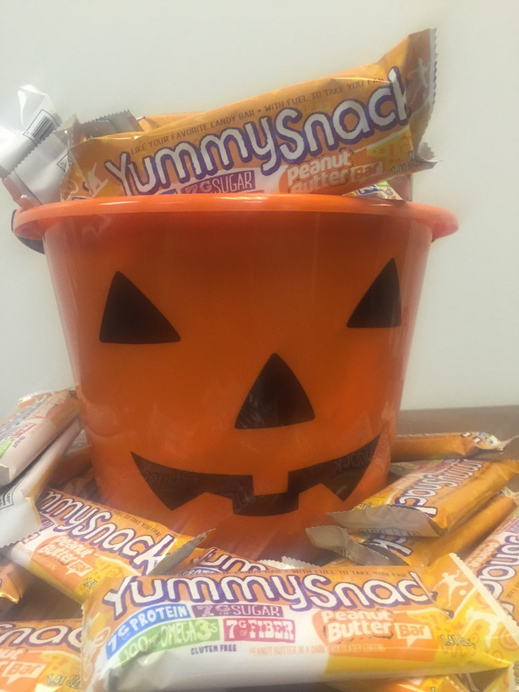 ENDED: Win a Case of 144 YummySnack Bars in Time for Halloween!