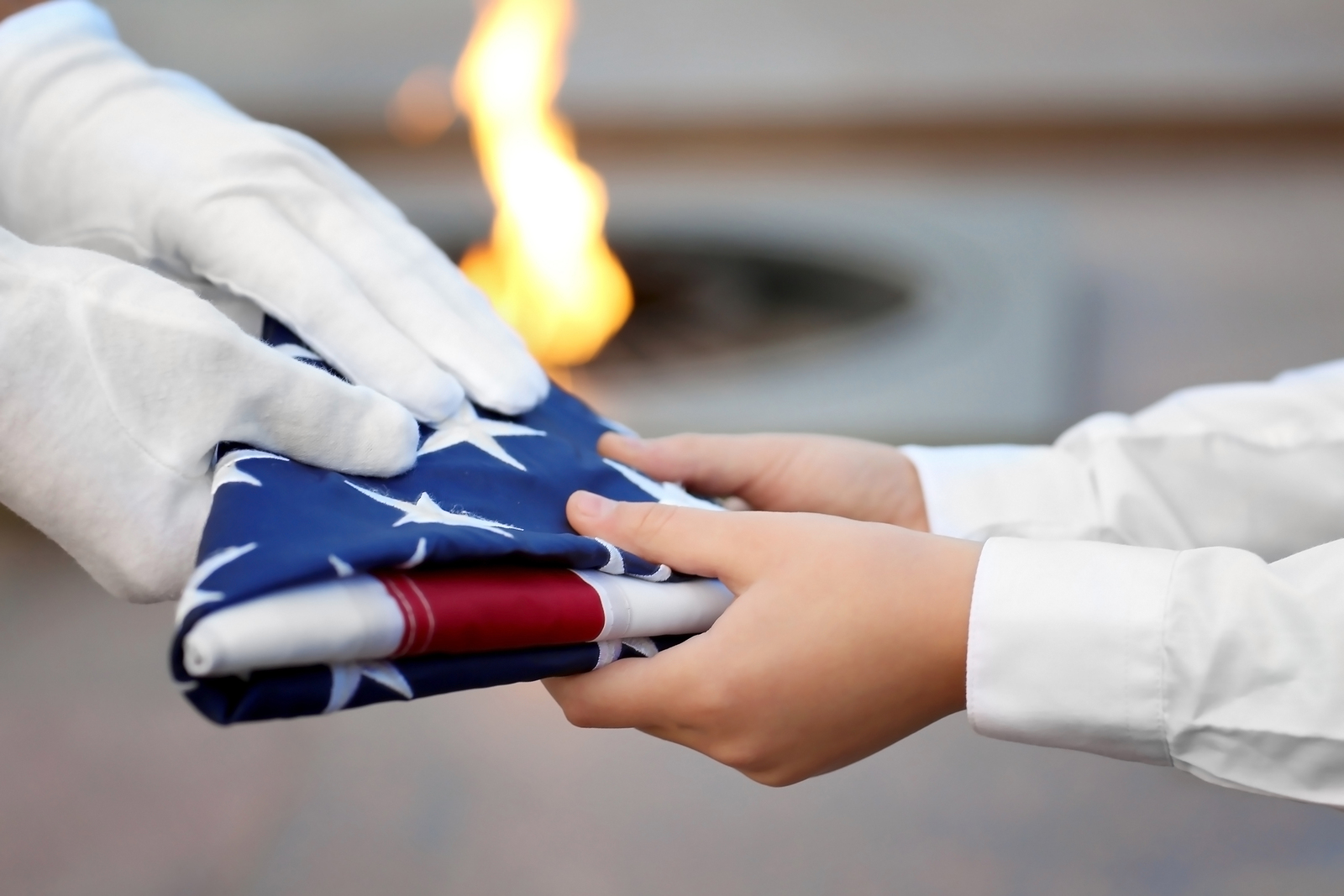How to Honor Memorial Day With Your Kids