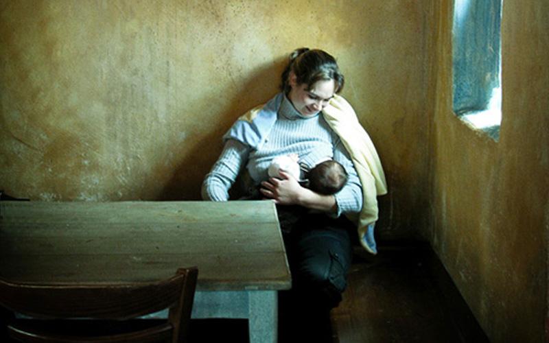Breastfeeding peacefully