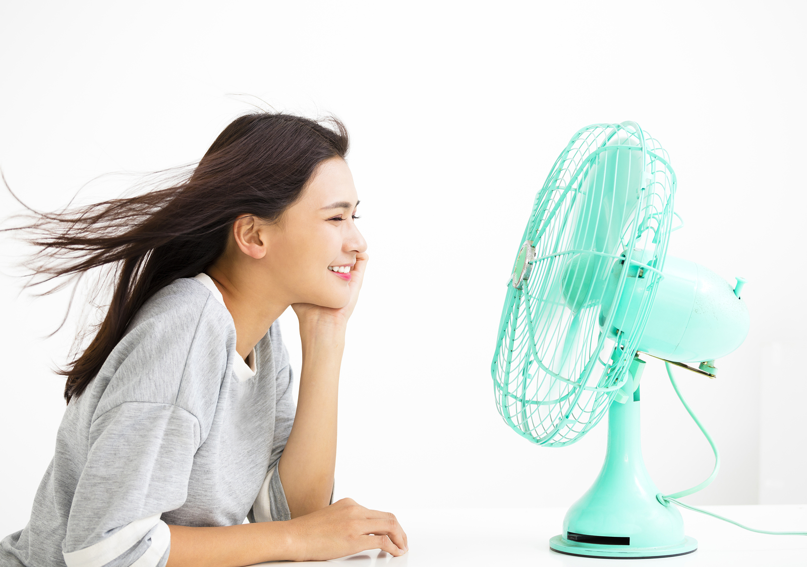 6 Tips To Survive Summer Without A/C