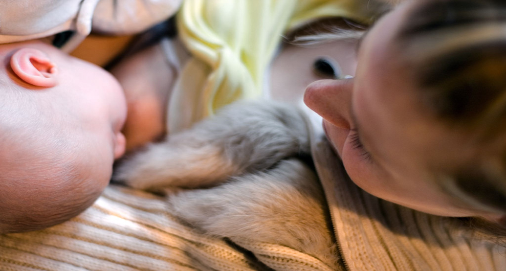 Researchers Aim to Increase Breastfeeding Rates In Young Mothers