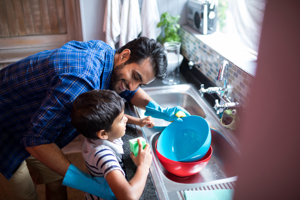 Report: 1 in 5 Parents Stay-at-Home, Including More Dads Than Ever Before