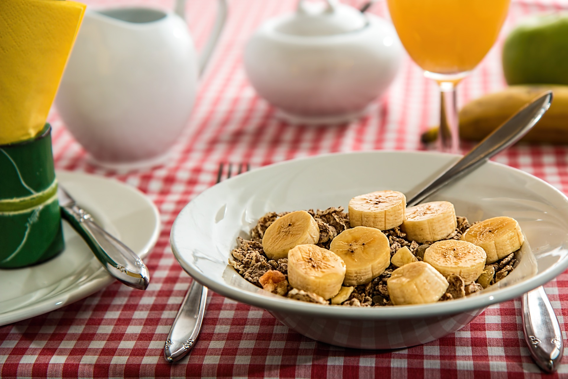 Our writer explains why she doesn't eat breakfast.