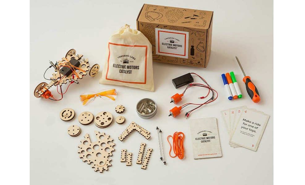 This is a great Montessori toy for summer tinkerers