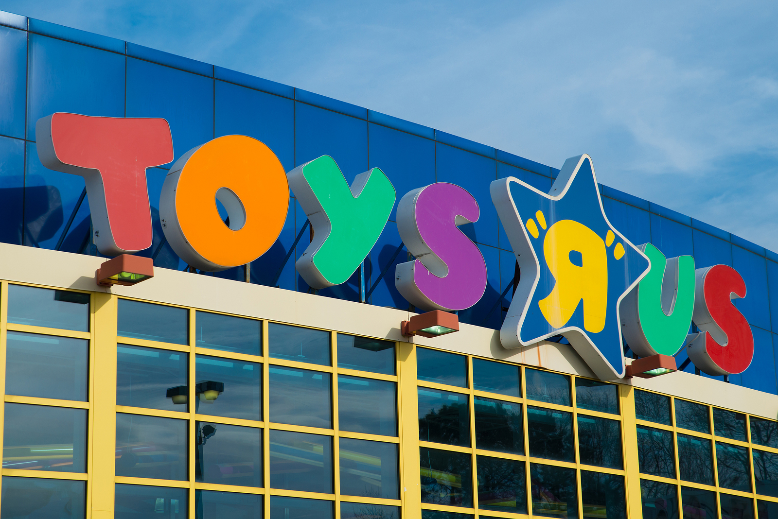 Toys 'R' Us filed for bankruptcy late last evening.