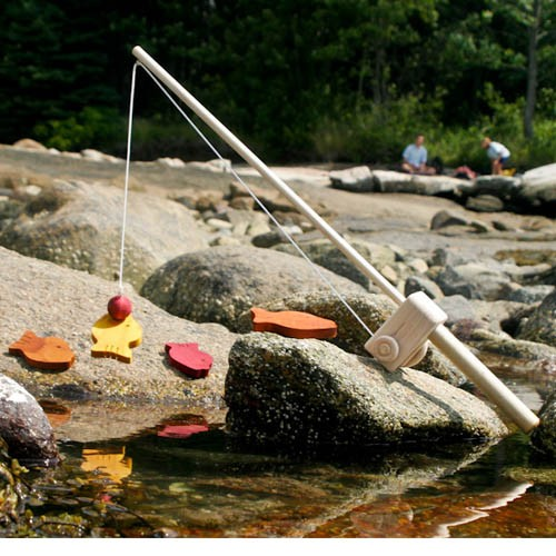 Image of: Wooden Toy Fishing Poll and Fish Game